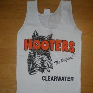 New Hooters Girl Uniform Tank Clearwater FLA Large